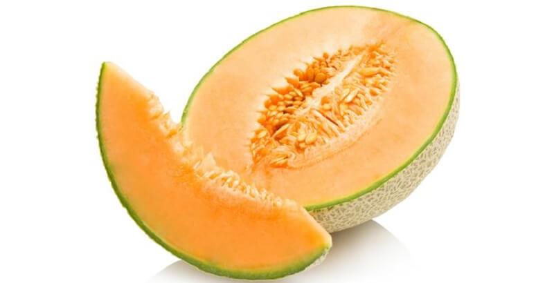 Trong dưa gan có chứa nhiều kẽm, tốt cho việc hồi phục của chân mày - Phun mày nên ăn gì
