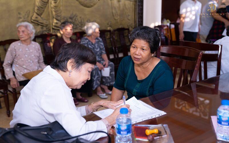 Viện Thẩm Mỹ DIVA Phối Hợp Với Đoàn Y - Bác Sĩ Thư Pháp Thiện Tâm Khám Chữa Bệnh Miễn Phí Cho Người Nghèo