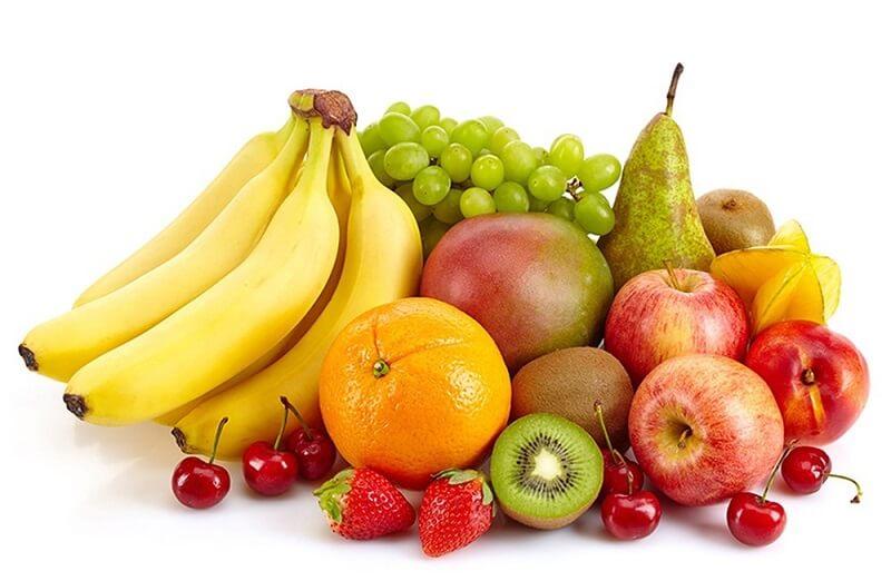 Ăn nhiều trái cây tươi giúp có chân mày đẹp hơn sau khi phun