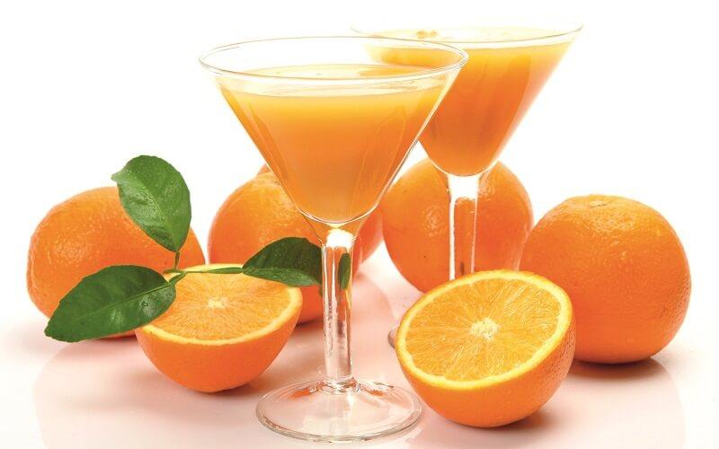 Sau khi phun mày bổ sung nhiều vitamin C sẽ giúp chân mày đẹp và giữ màu lâu hơn