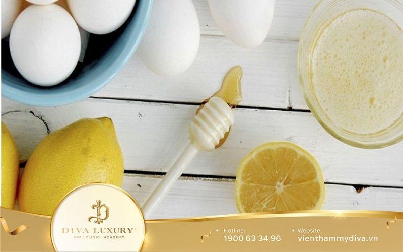 Lòng trắng trứng gà và nước cốt chanh
