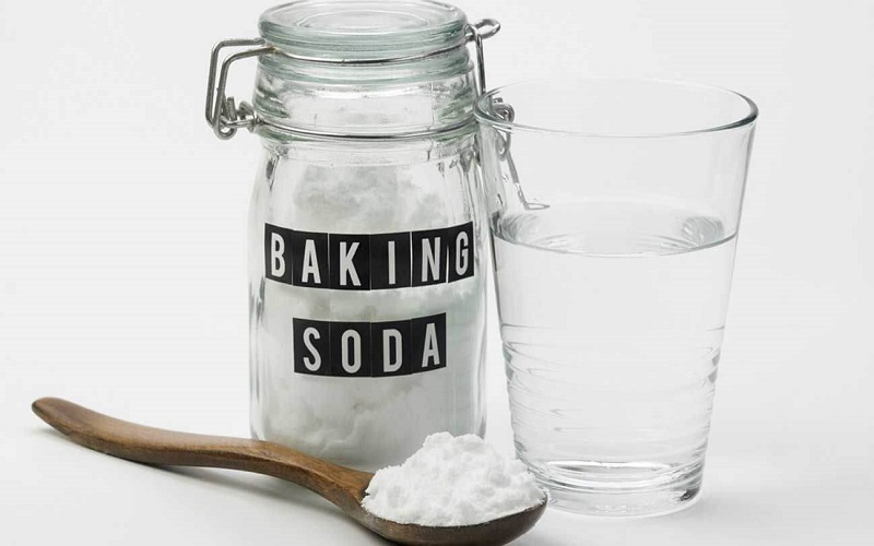 cach-tri-mun-bang-baking-soda-2