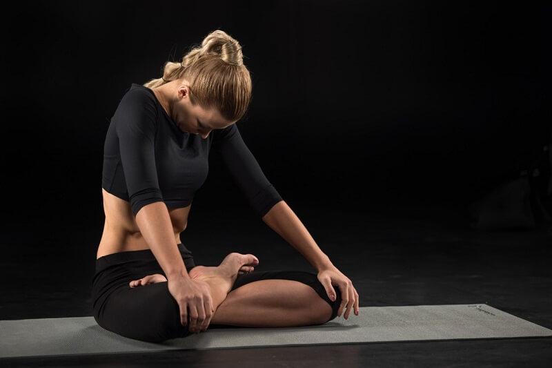 bai-tap-yoga-giam-beo-7