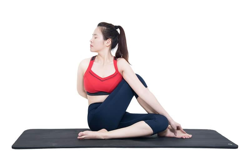 bai-tap-yoga-giam-beo-6